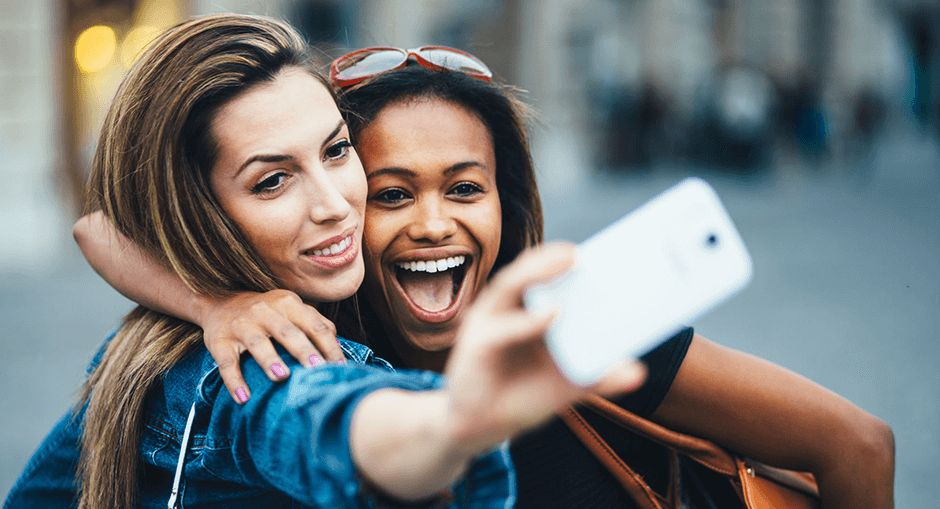 8 Tips for taking a perfect selfie