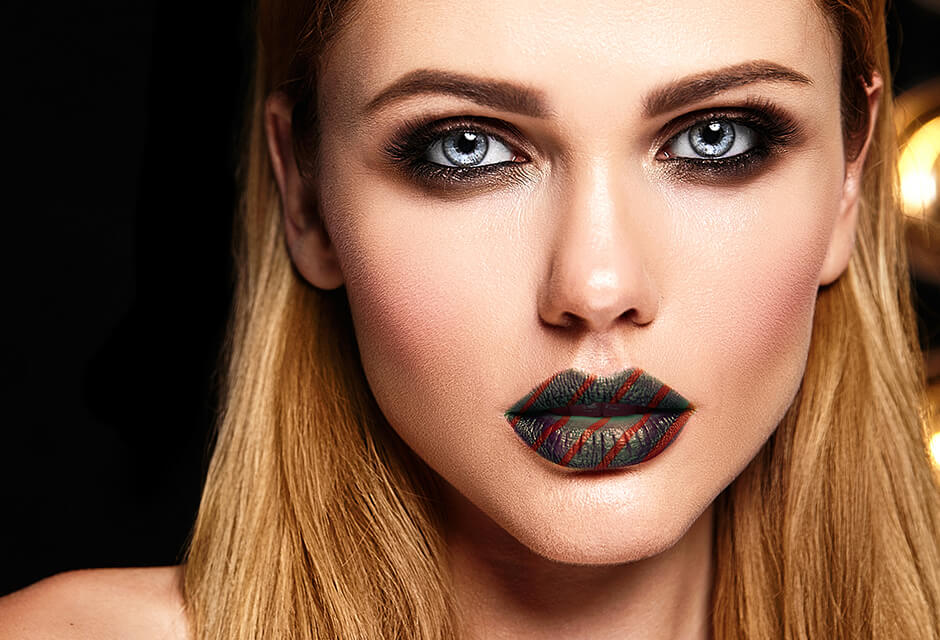 Photo Example after the use of Lip tattoo Retouching Feature